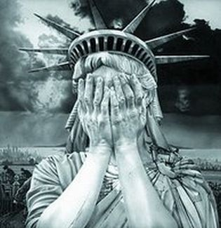 statue-of-liberty-crying315.jpg